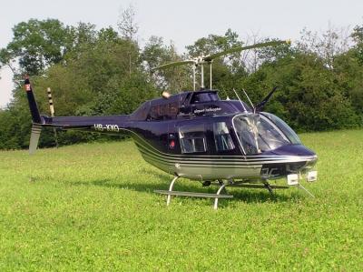 Der Jet-Ranger (HB-XXO) auf dem Gempen