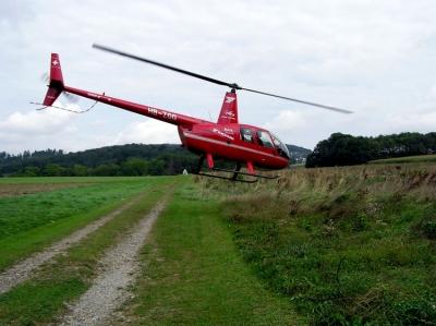 Start des R44 HB-ZGG in Urdorf