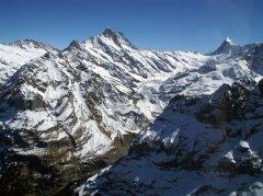 Das Schreckhorn oberhalb von Grindelwald