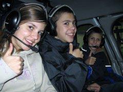 Nadine, Remo und Jan im AS350
